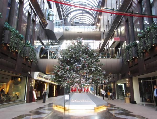 商業施設 クリスマス装飾