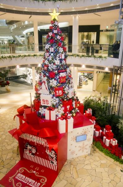 商業施設 クリスマスツリー